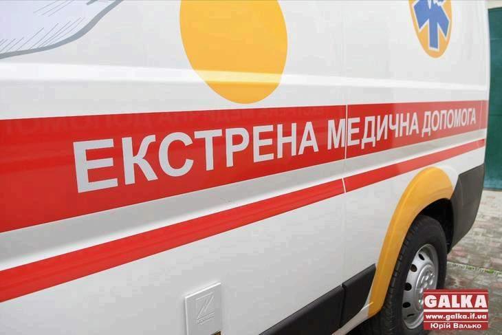 У Калуші чоловік травмував руку і помер дорогою до лікарні