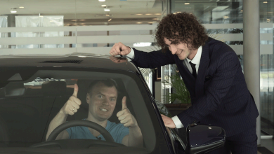 «АТБ заряджає тебе»: переможцям акції вручили десять нових електромобілів і розкішний Porsche Taycan (ФОТО)